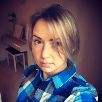 Anna Sambuk