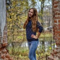Танюша Ефимова