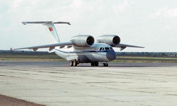 5 фактов об уникальном военно-транспортном самолете Ан-72