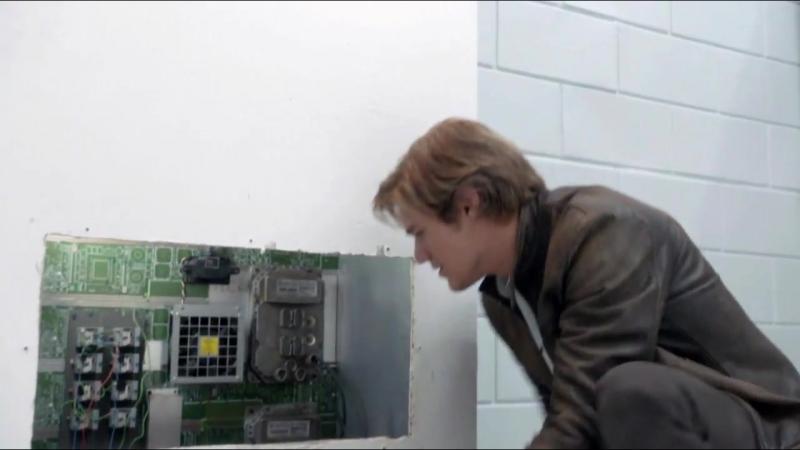 МакГайвер MacGyver 1 сезон 11 серия Промо Scissors HD смотреть онлайн без регистрации
