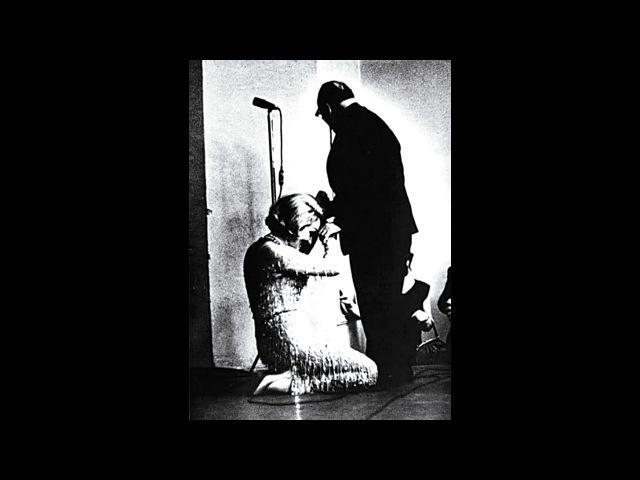 Khimku Quiz 14 12 18 Вопрос № 119 Влюбившись в писателя после прочтения рассказа Телеграмма в 1964 г в Москве на сцене Центрального дома литераторов звезда Голливуда Марлен Дитрих опустилась перед НИМ на колени и поцеловала его руку