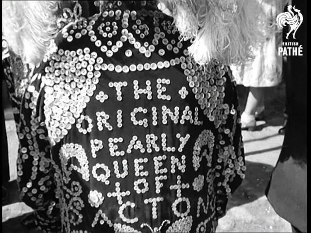 'pearlies Christening' (1951)