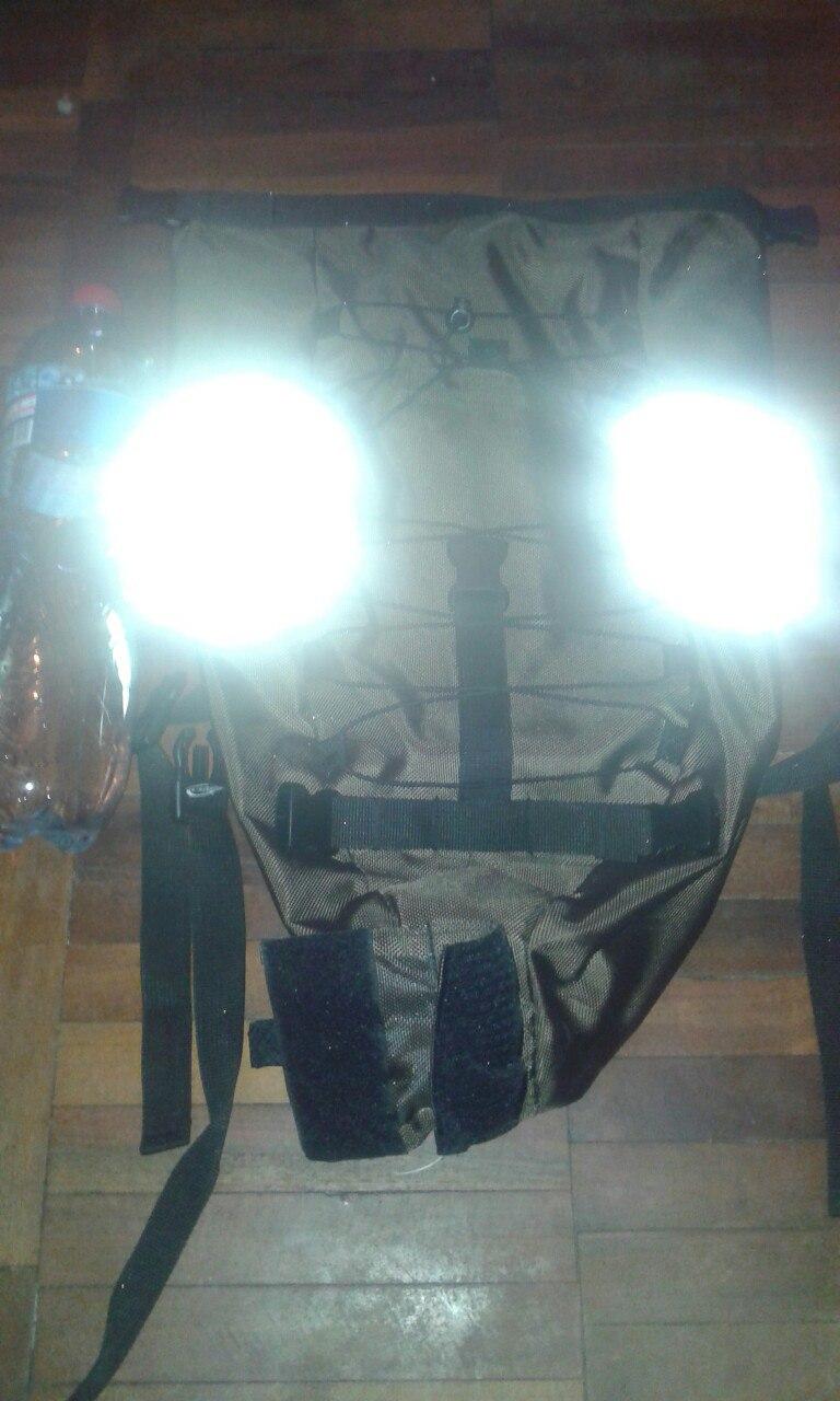 Багаж и багажник, рюкзаки и сумки для велосипеда.