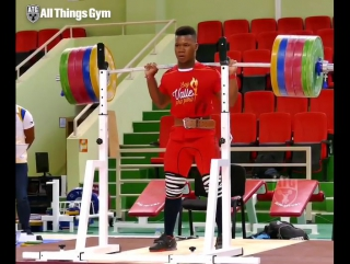 17 year old Yeison Lopez 👉 @jeison_lopez99 (77kg, Colombia) squatting 235kg x4 one day out from competing at Junior Worlds.