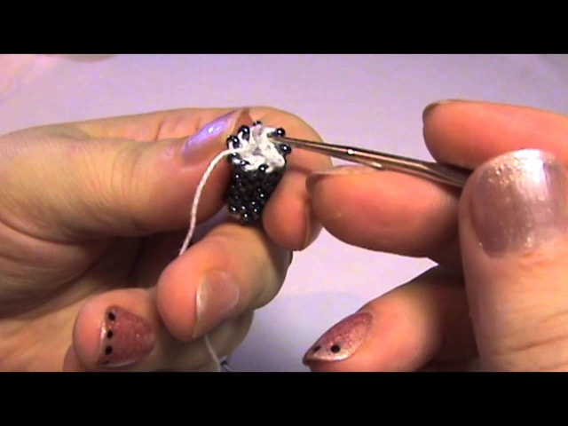 Вязаный жгут из бисера - добавляем нить / Knitted harness Bead - attach thread