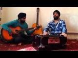 Сикх (Хинду) поет по Таджикский про Маму   Суруди Модар