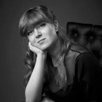 Анна Варчак