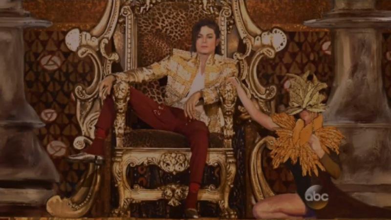 Майкл Джексон в виде голограммы выступил на церемонии