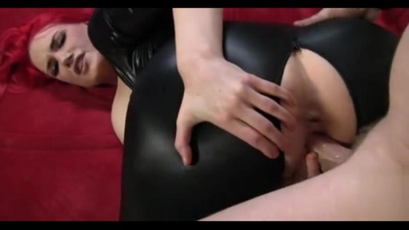 Жёстко трахает грудастую рыжую шлюху, redhead POV bubble ass butt milf sex big busty girl fuck (Инцест со зрелыми мамочками 18+)