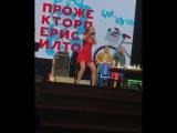 Ольга Бузова. Живой звук. Сергей Светлаков забрал у Бузовой микрофон на сцене