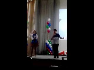 8 декабря день инвалидов бабушка рядом с дедушкой на жестах