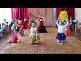 8 Марта. Вторая младшая группа. Танец с цветами