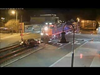 Driver Gets Stuck On Train Tracks (Barnaul22)