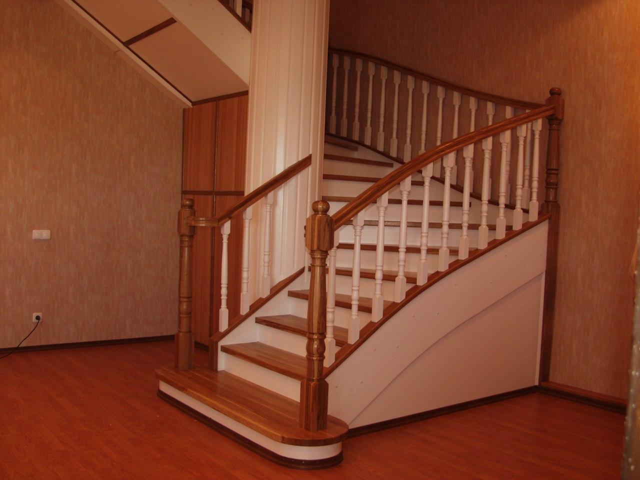лестница в 2 цвета