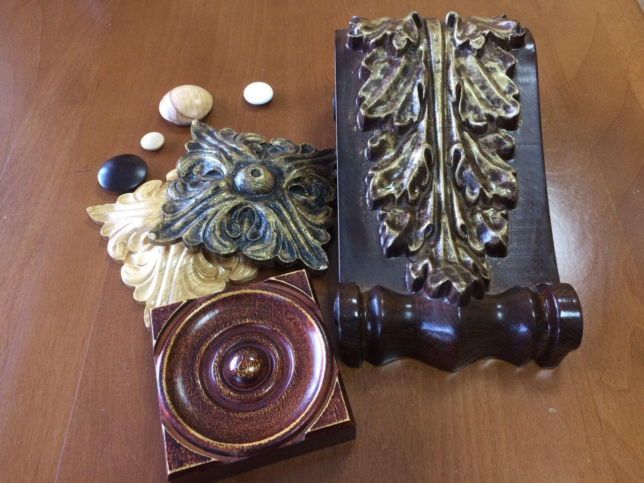 деревянный резной декор