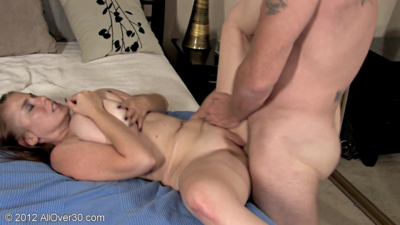 Busty Wife Desiree Pleases Her Man 1676980 1920x1080
