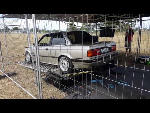E30 325I Dyno run - Downshift 2017