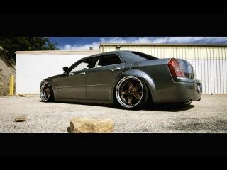 Slammed Chrysler 300c - AG Wheels