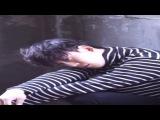 엑소(EXO-M) 첸의 매거진 싱글즈 촬영 현장 영상을 만나 보세요!