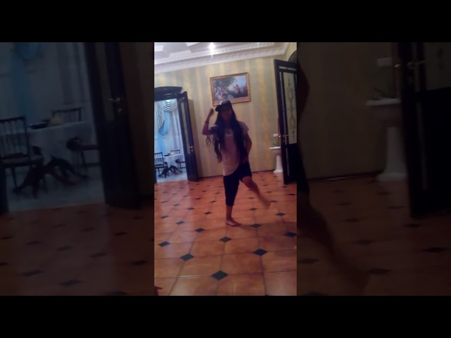 Молодец классно танцует Gipsy Girl dancing clearly