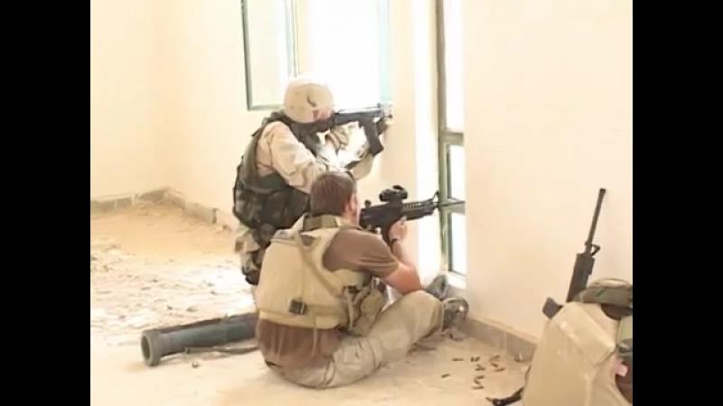 Ирак.Апрель 2004.Контракторы Blackwater соместно с подразделениям SEAL ведут бой в Эн-Наджаф