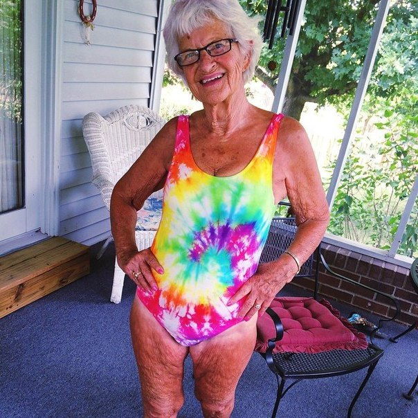 фото галереи стареньких бабушек