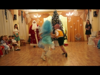 танец мальвин и буратино)