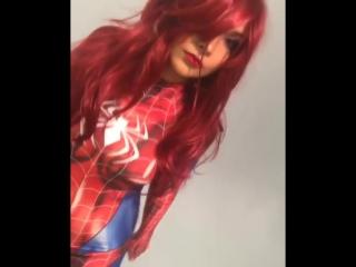 Cosplay: Soni Aralynn as Mary Jane. Spiderman