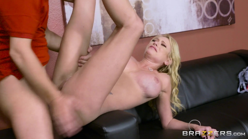 BRAZZERS HD If The Bra Fits Briana Banks Jessy