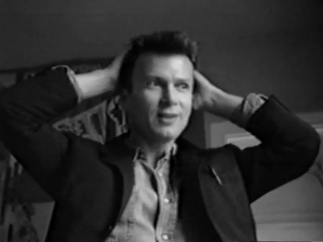 Эдуард Лимонов о жизни и работе писателя в Париже XX век 1986г полное видео