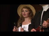 Чеховская «Душечка» играет на маракасах на сцене Камерного театра