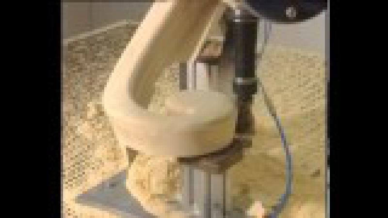 Деревообработка-Пятикоординатный центр с чпу ares фрезерует волюту и ступени деревянной лестницы