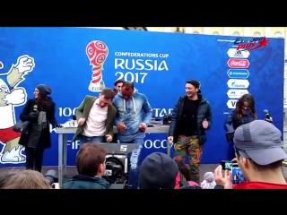Бригада У станцевала с футболистом Кафу!