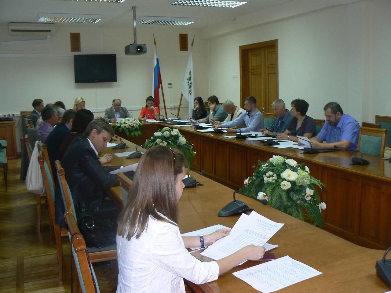 Избирком Томской области зарегистрировал первых кандидатов на выборах в Областную думу
