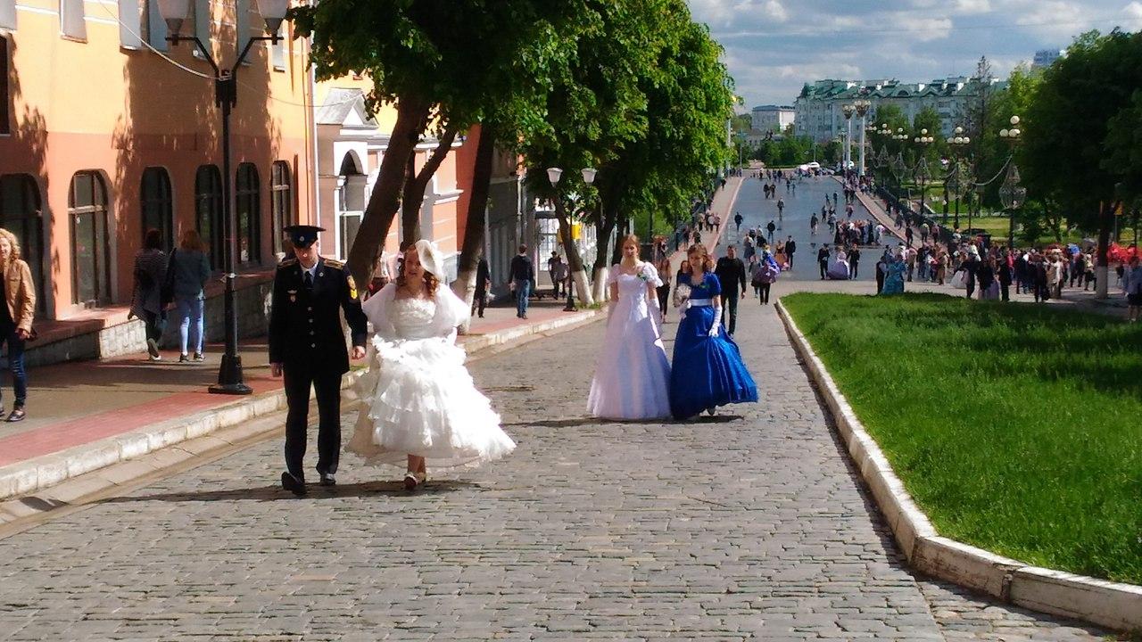 Русское сняла на улице фото 516-443