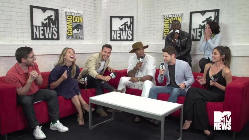 The CWs Supergirl Musical Recap of Season 2 - Comic-Con 2017 - MTV