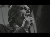 B. J. Thomas - Raindrops Keep Fallin On My Head (1970)
