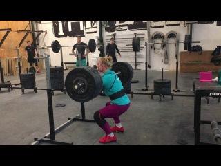 Front squat: 120 x 2 reps by Julie Abildgaard » Freewka.com - Смотреть онлайн в хорощем качестве