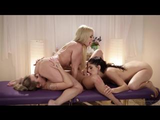 Christie Stevens, Nikki Knightly & Kat Dior  (lesbians, threesome, massage, lesbo, лесбийский секс, три лесбиянки)
