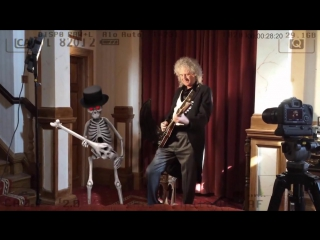 Brian May and the Czech National Symphony Orchestra - One Night In Hell