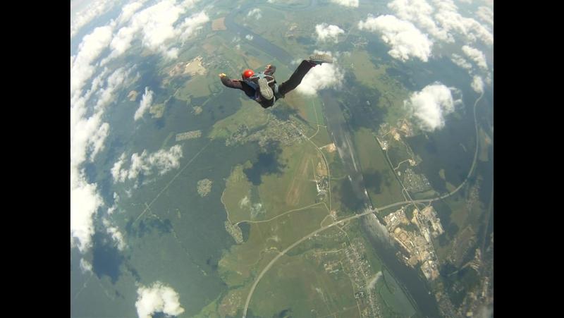 7-й прыжок AFF. Называется почувствуйте разницу =)