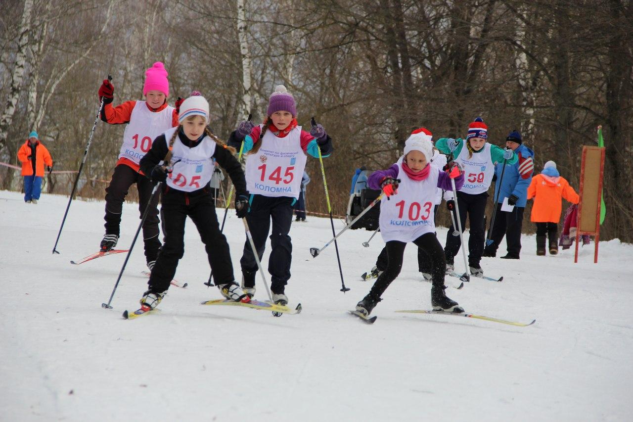 Около 80 спортсменов приняли участие в открытом первенстве города по лыжным гонкам «Коломенская лыжня», фото Коломна Спорт