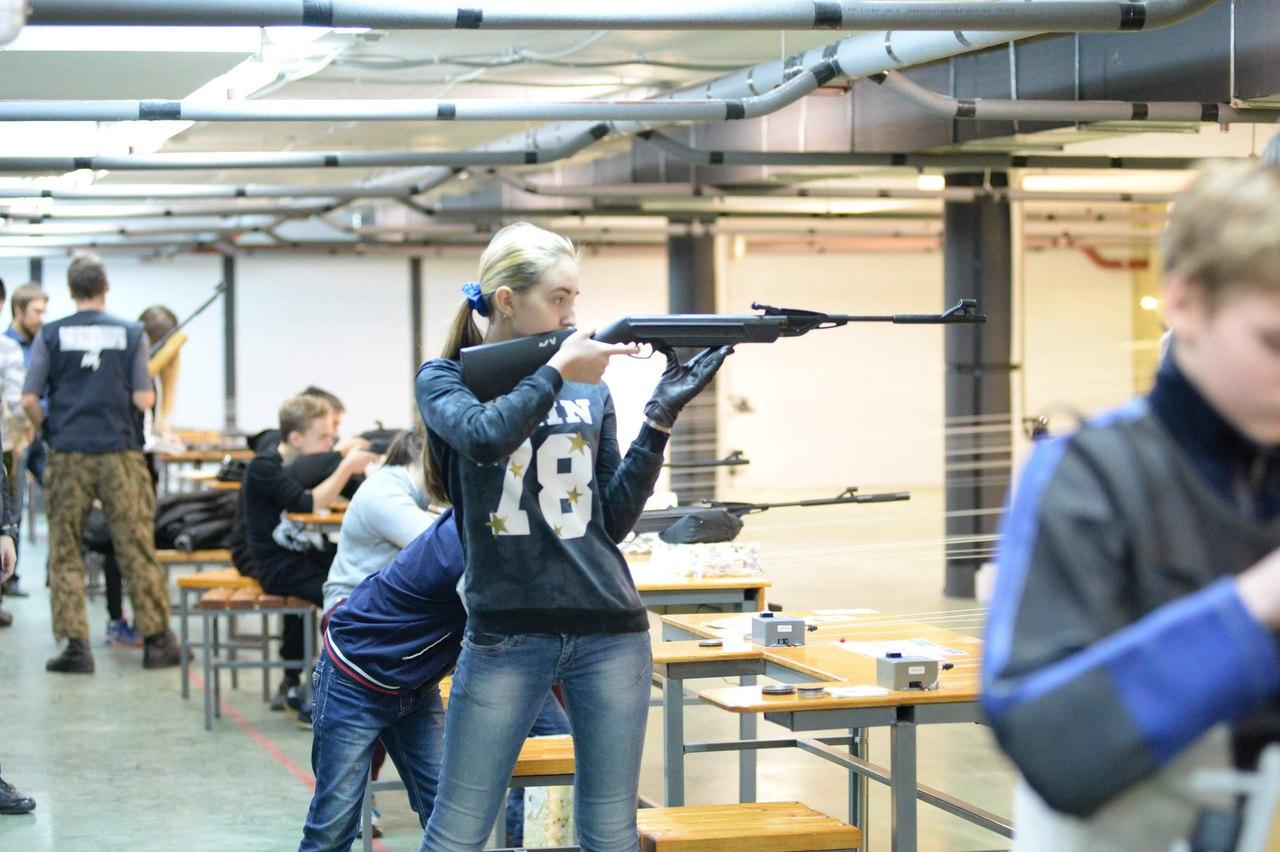 Более 100 спортсменов приняли участие в соревнованиях по пулевой стрельбе из пневматического оружия, фото Коломна Спорт
