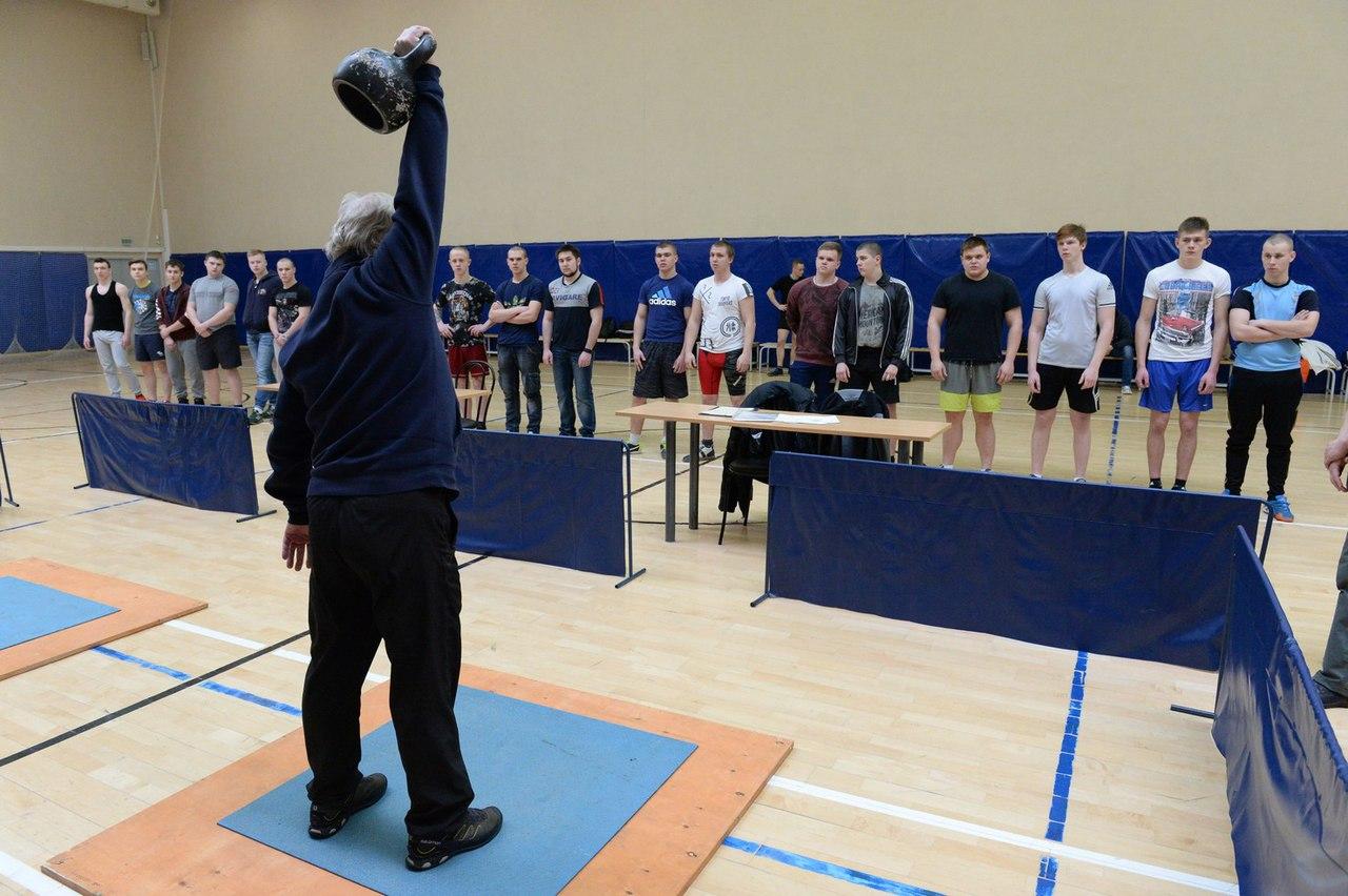 В КЦ «Коломна» состоялись соревнования по гиревому спорту среди учащихся ССУЗ, фото Коломна Спорт