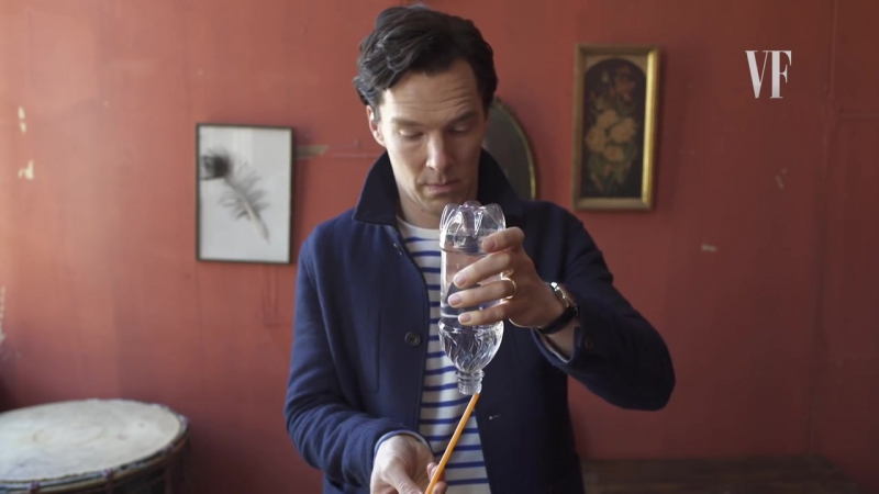 Benedict Cumberbatch Does a Magic Trick - Vanity Fair