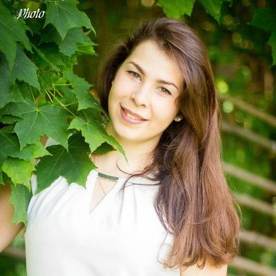 Олька Тарасенкова