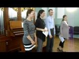 3- На бис исполняет Елизавета Морозова, помогает Сергей Альтшулер.