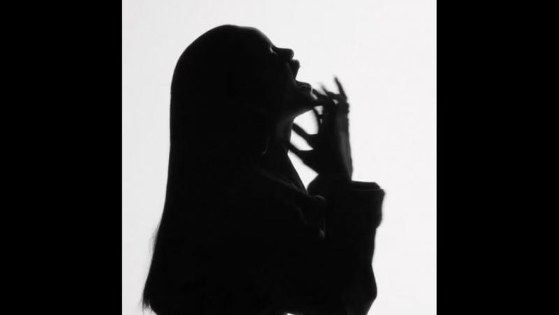 Rihanna - FourFiveSeconds (Outtake)