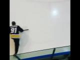 Хоккей - спорт для настоящих мужчин💪😅