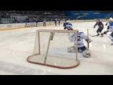 Никита Камалов открывает счет шайбам за